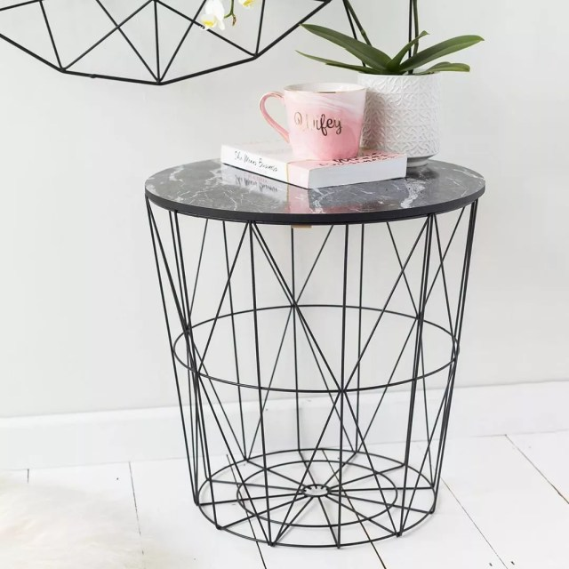 Wire end table. Photo by Instagram user @loveuniquehome