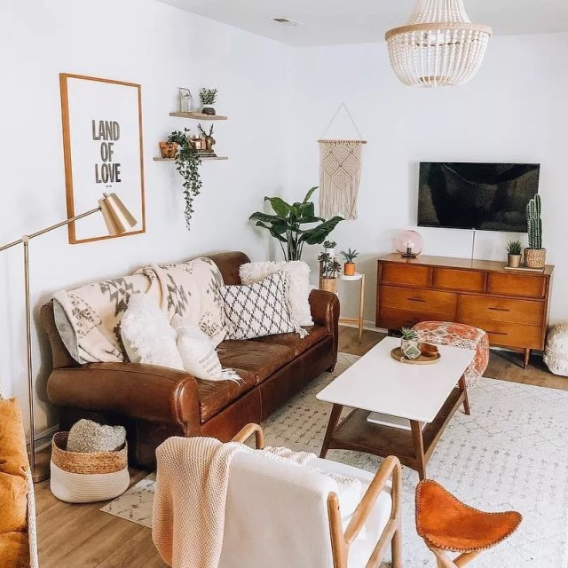 The Ultimate Temporary Housing Guide | Extra Space Storage