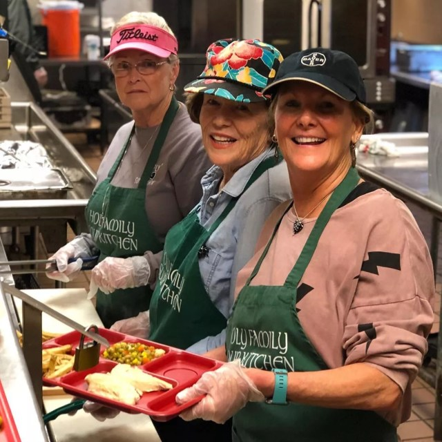 Three women volunteering with homeless shelter. Photo by Instagram user @valleyrescuemission