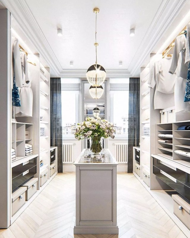 Luxury closet with organized shelves. Photo by Instagram user @salvatoreizzointeriors