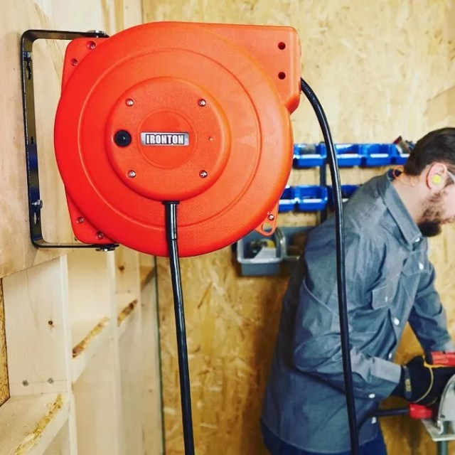 Retracable Cord Reel on Garage Wall. Photo by Instagram user @northern_tool