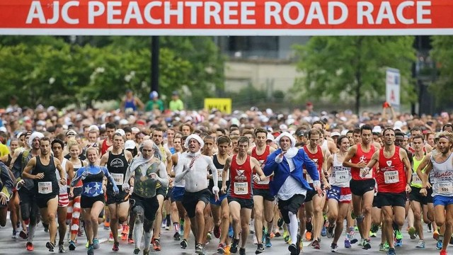 Huge group of runners taking off on the Peachtree Road Race in Atlanta. Photo by Instagram user @jerseygirlsports