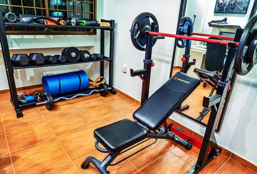 Fitness room with weights on shelves. Photo by Instagram user @corp.chimp
