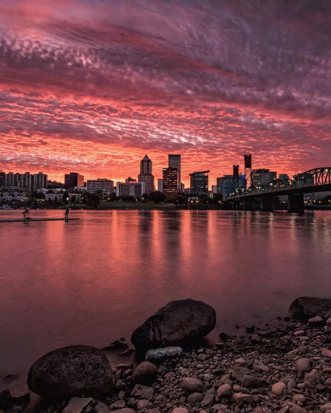 Portland, OR skyline. Photo by Instagram user @gemini_digitized