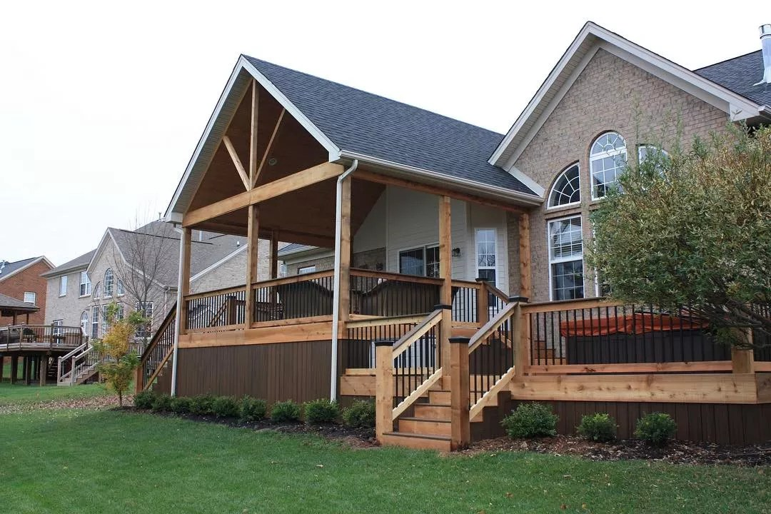 Covered deck on back of house. Photo by Instagram user @sbhomerenovations_ky