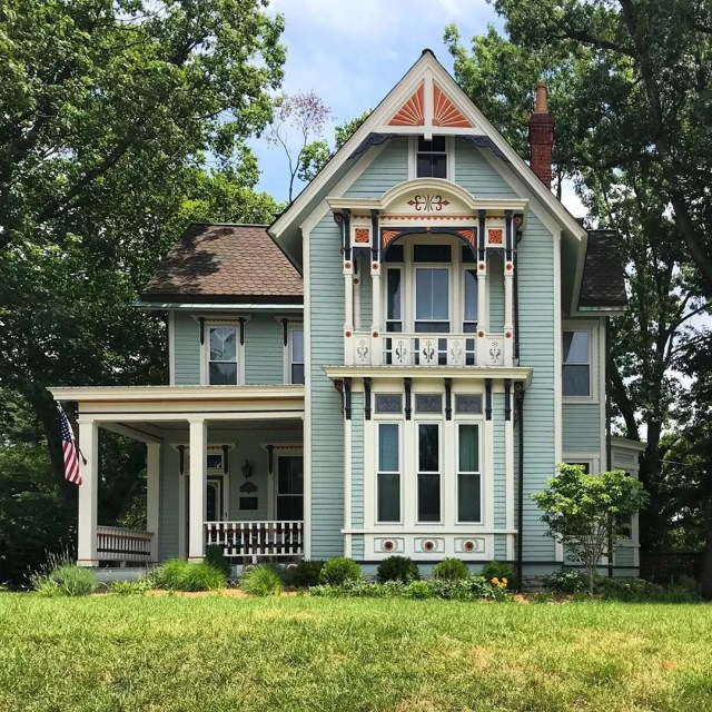 Beautiful Victorian Home with Trussed Gable in Hyde Park, Cincinnati. Photo by Instagram user @out.here.in.ohio