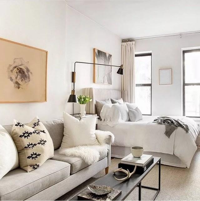 Studio apartment in NYC. Photo by Instagram user @rikkisnyder