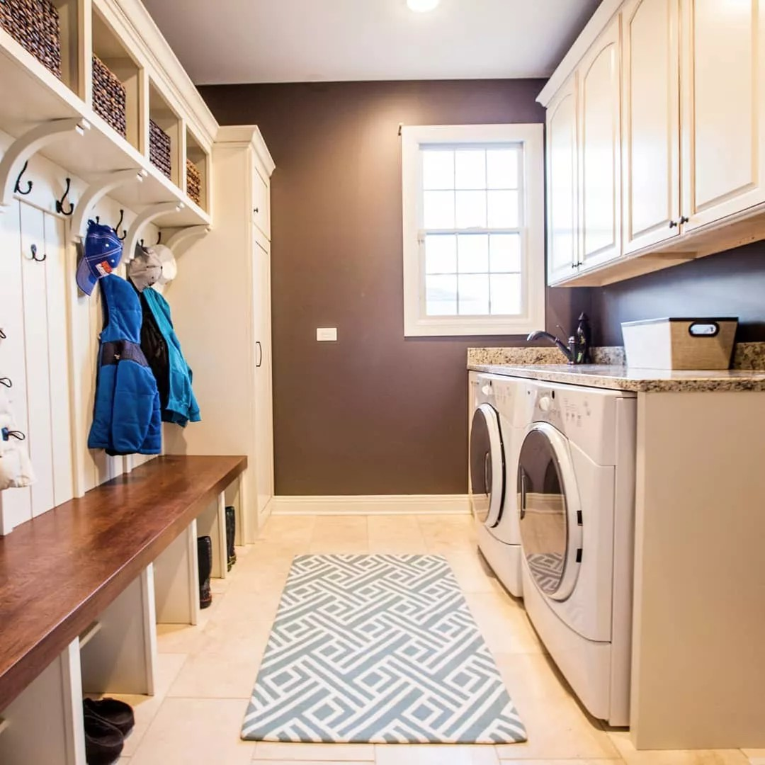 Laundry room mudroom. Photo by Instagram user @wheatlandcabinets