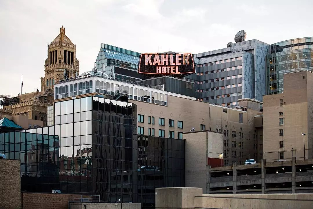 Rochester MN skyline with Kahler hotel sign photo by Instagram user @minnesotas_rochester