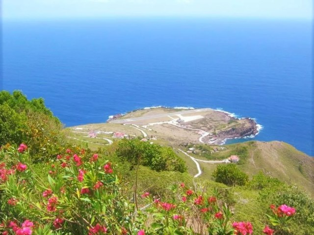 Ocean view of the Saba Island in the Netherlands. Photo by Instagram user @vacation_envy_travel