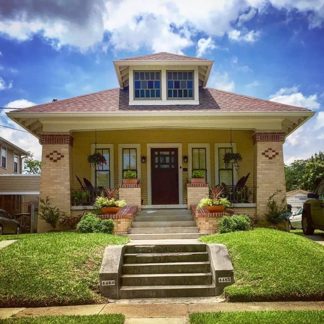 House in Gentilly Terrace, NOLA. Photo by Instagram user @the.preservationist