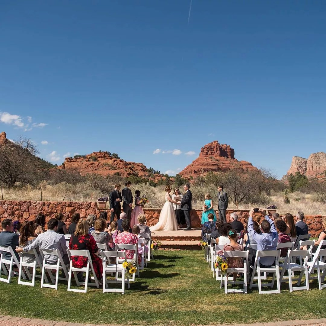 Wedding on the Red Agave Resort in Sedona. Photo by Instagram user @weddings_in_sedona