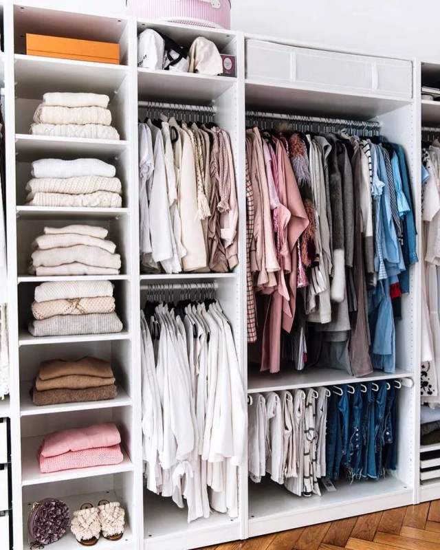 Closet with Divided Sections for Different Clothes. Photo by Instagram user @serinamariani