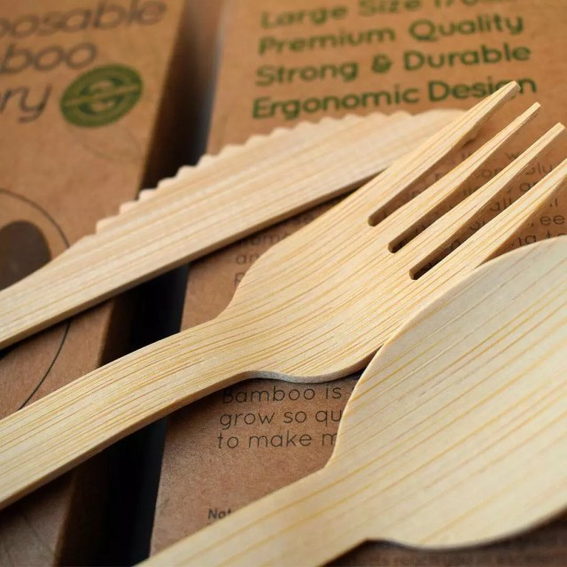 Bamboo kitchen utensils for sustainability. Photo by Instagram user @pandabode