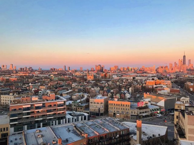 Aerial shot of buildings in West Town, Chicago during sunset. Photo by Instagram user @maunapun
