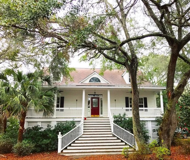 House in James Island, Charleston, SC. Photo by Instagram user @baloo_thenewfie