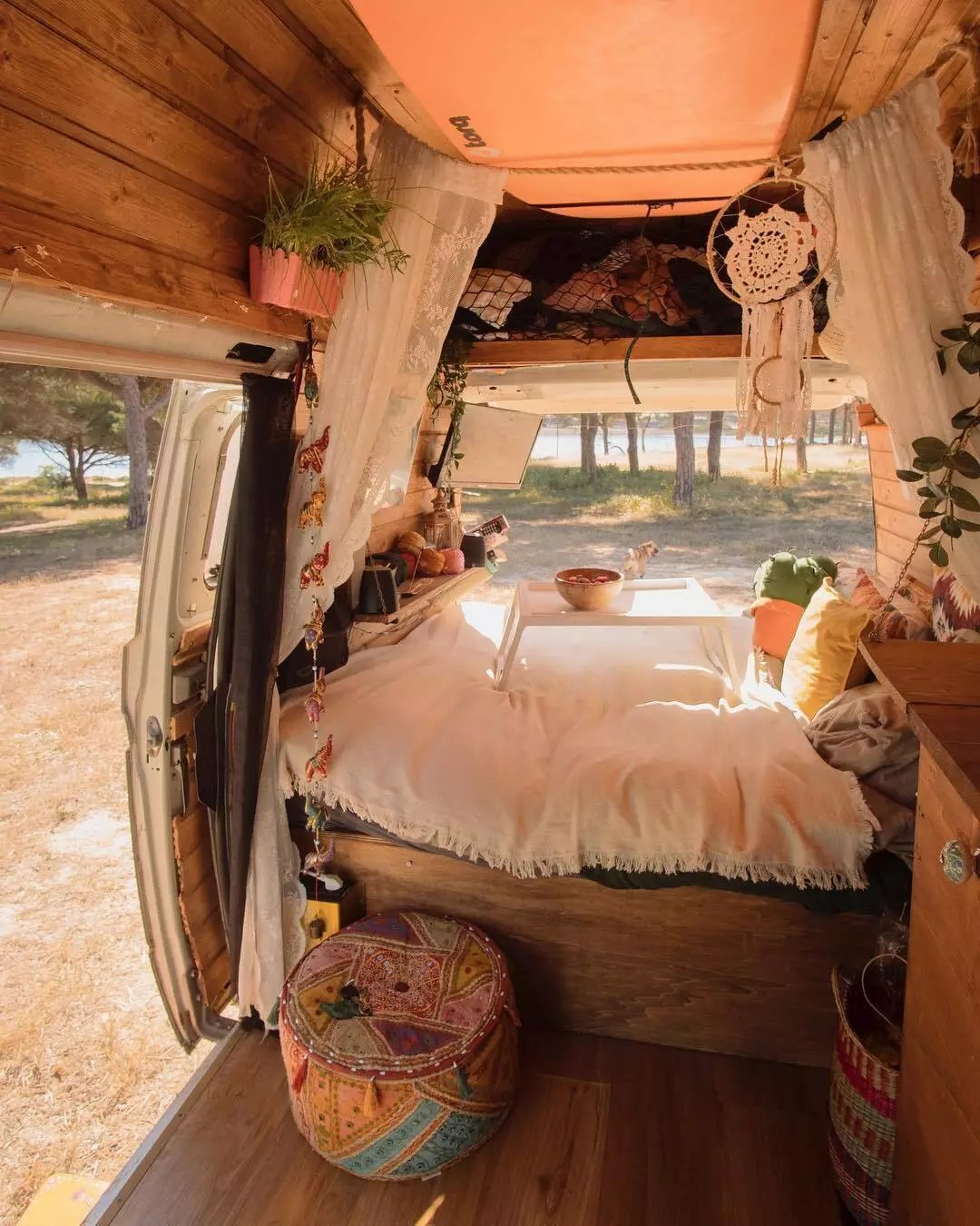 17 Van Design Decoration Ideas For Living On The Road Extra Space Storage