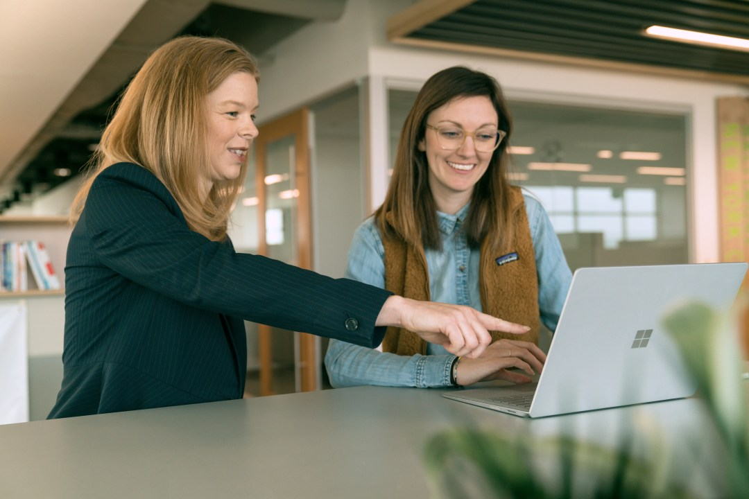 Extra Space Storage's VP of Marketing Dayna Hathaway and Director of Digital Marketing Brooke Stencil collaborate