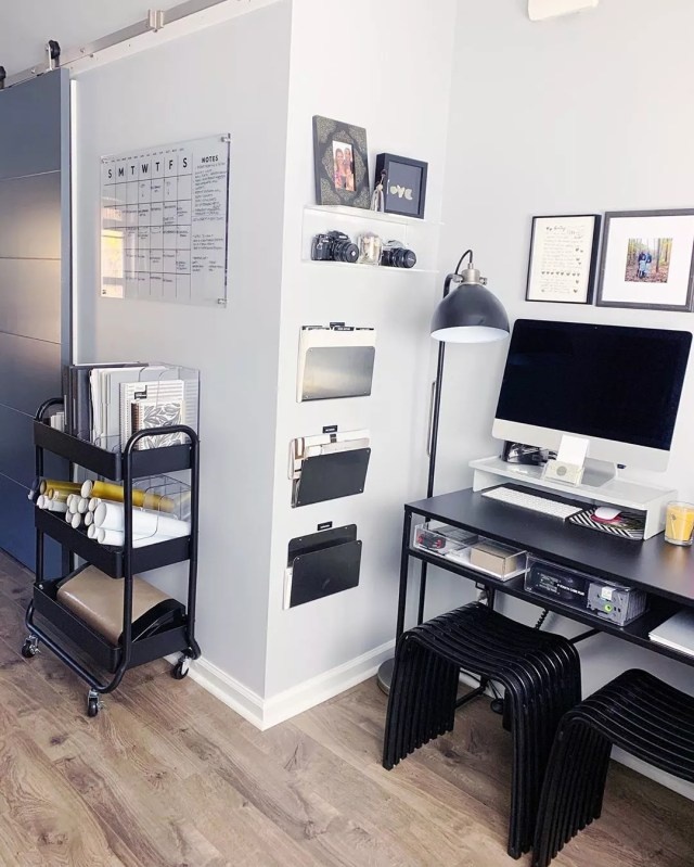 organized home office space with rolling cart photo by Instagram user @organized_simplicity