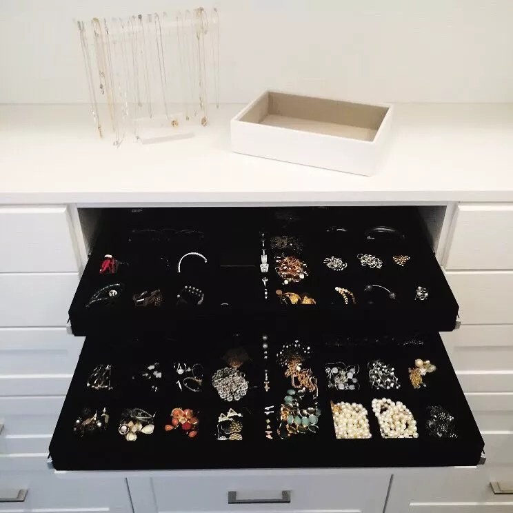 Two Jewelry Drawers Built into Vanity. Photo by Instagram user @chicagoorganizedhome