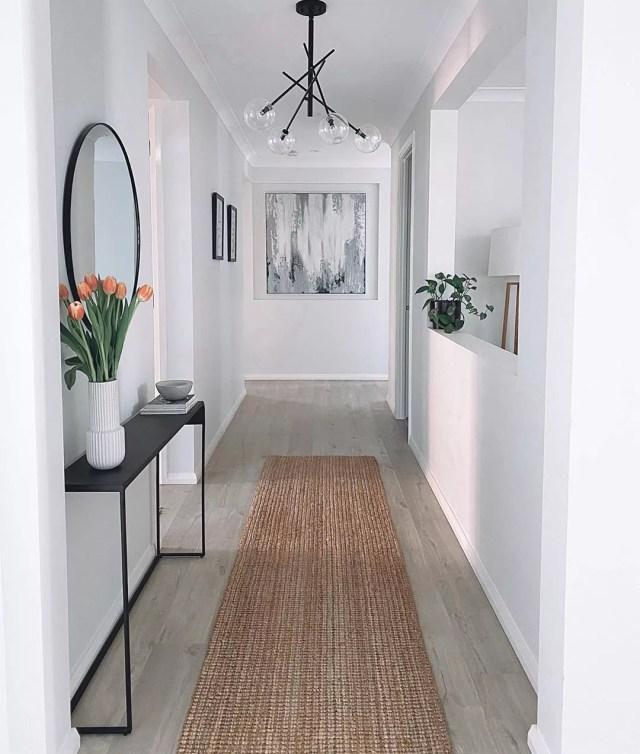 Minimalist Home with Simple Hallway. Photo by Instagram user @housetwentyfive