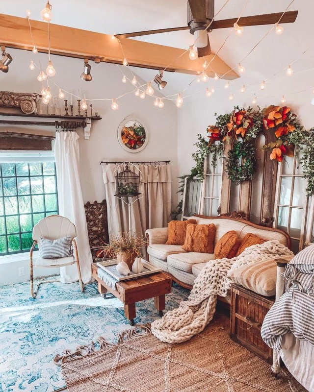 Large She Shed with Classy Furniture and String Lighting Overhead. Photo by Instagram user @fleur_at_home