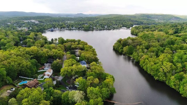 Aerial View of Ramapo River Alongside Pompton Lakes, NJ. Photo by Instagram user @aboveandaway