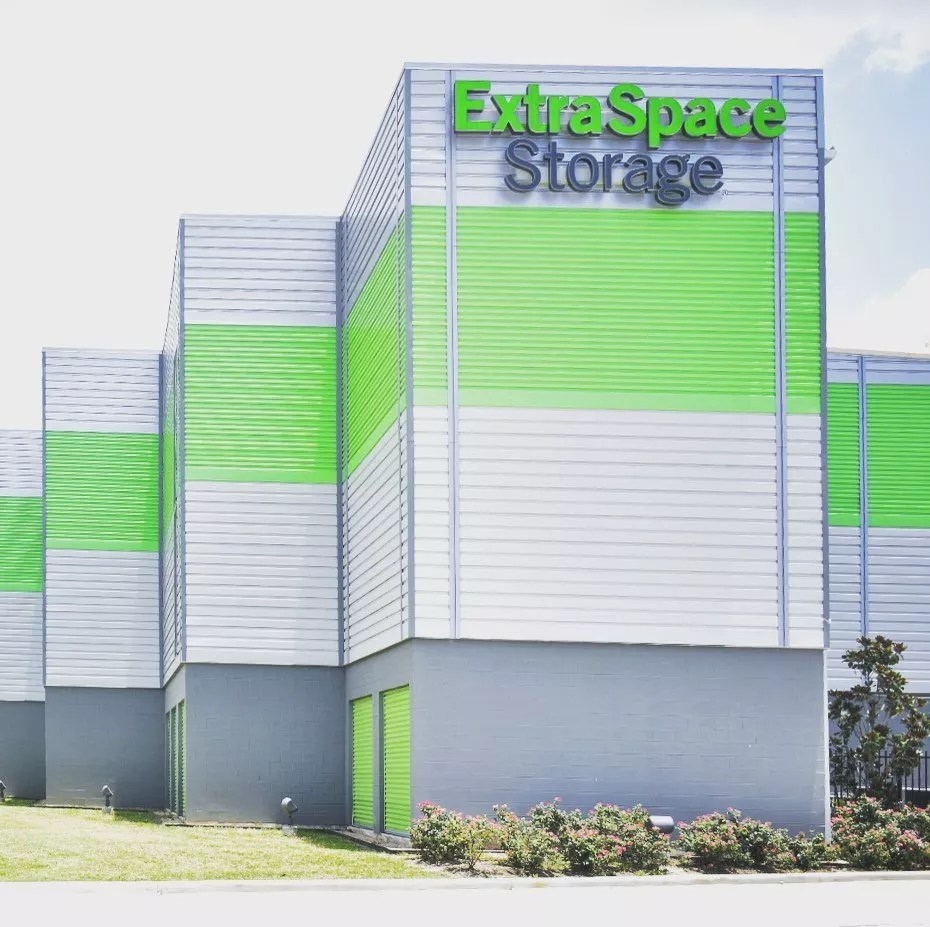 Exterior Photo of the Extra Space Storage Facility. Photo by Instagram user @edgecombassociatesinc