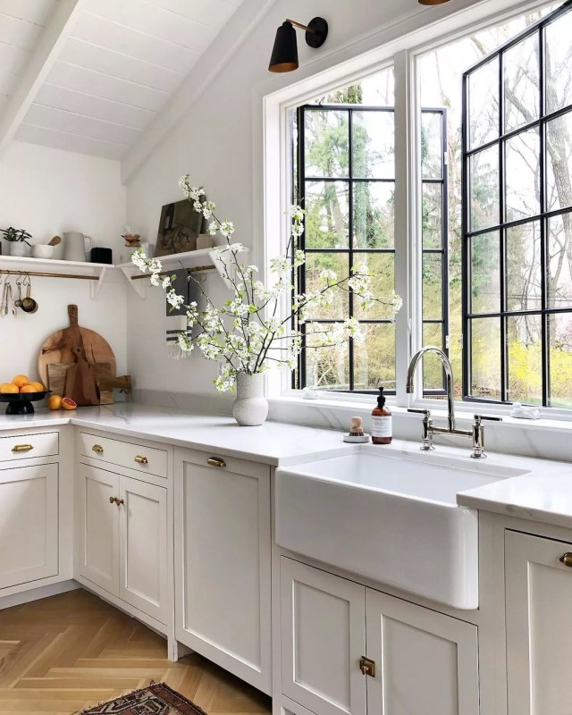 Updated Farmhouse Style Kitchen with New Energy Efficient Windows. Photo by Instagram user @simpleofferings