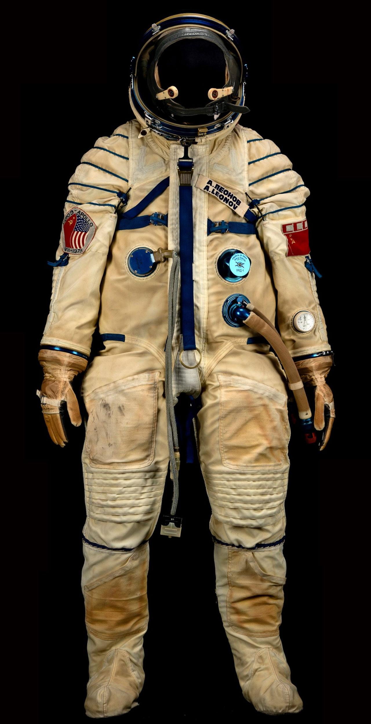 Alexei Leonov S Space Suit Sells For 242 000 At Bonhams