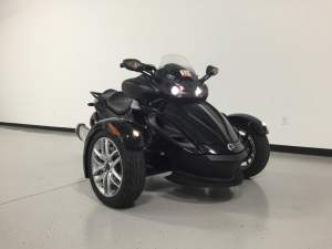 2015 Can-Am Spyder JL Audio System