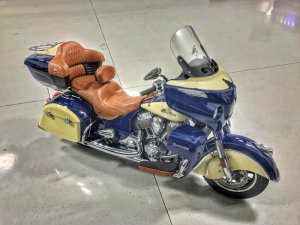 Indian Roadmaster Stereo