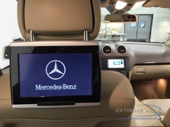 Mercedes GL350 Radio