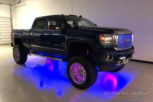 2015 GMC Sierra Denali Pickup Truck