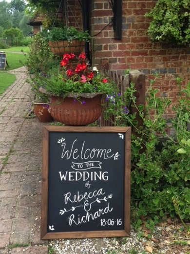 extremely_lovely_weddings_chalkboard_r&r