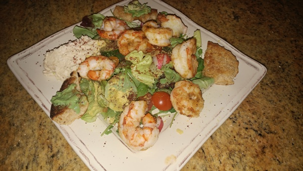 Simple Mediterranean Paleo Sumac Salad With Shrimp