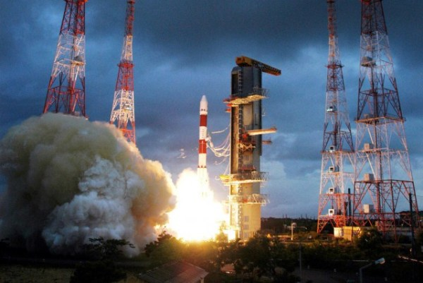 India successfully launches Mars orbiter hopes to become