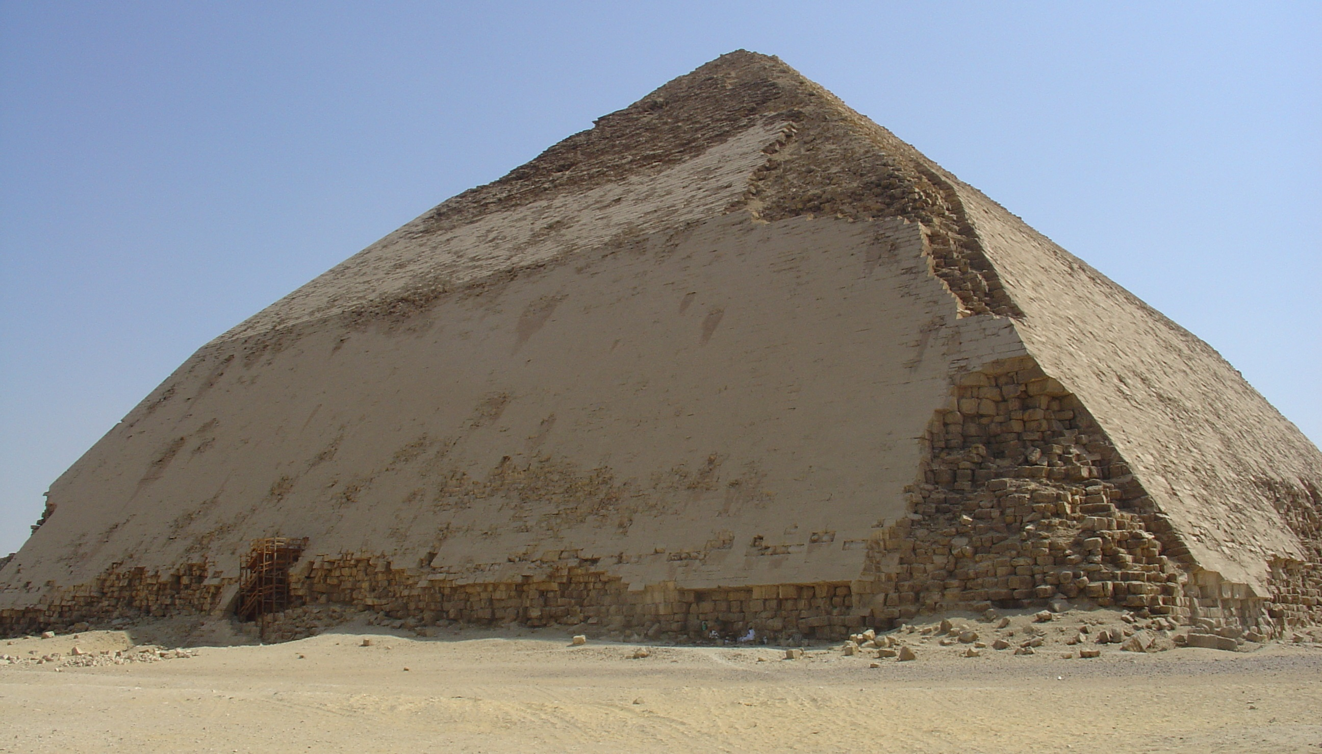 Beyond The Great Pyramid 5 Lesser Known Pyramids That