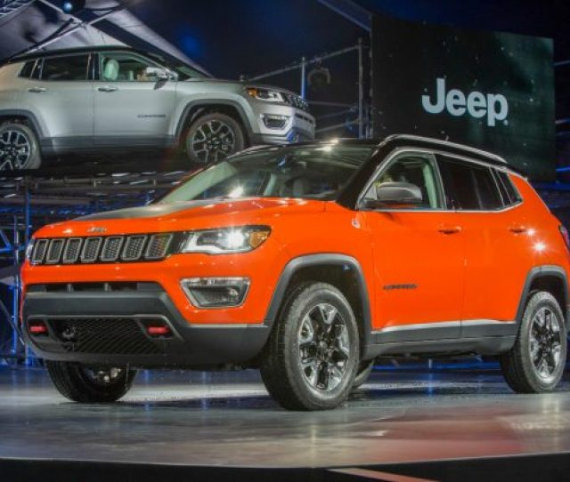 Los Angeles November 17 2016 Mike Manley Head Of Jeep Brand