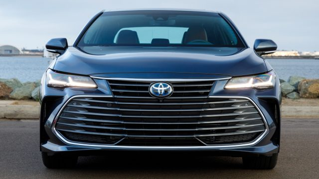 2019 Toyota Avalon Review: Breathing Life Into the Sedan Segment 6