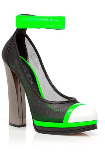 casadei-prabal-gurung-pre-fall-2013-green-capped-ankle-strap-pumps