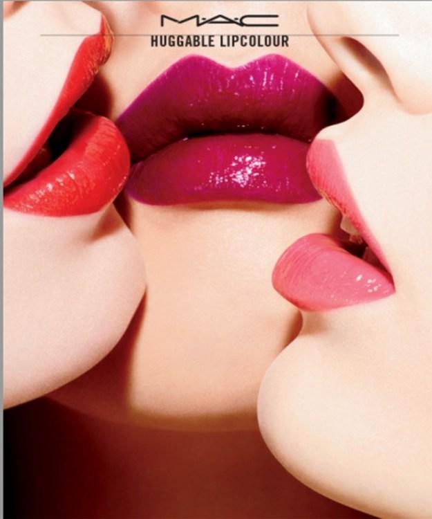 HuggableLipcolour-Lipstick-00