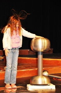 On stage, the audience can participate in such experiments as with static electricity or can watch science faculty concoct a steamy, fizzy experiment.