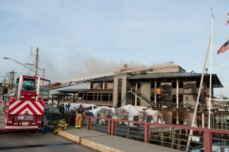 Annapolis Yacht Club fire 12-12-15 Photos by: Glenn A. Miller