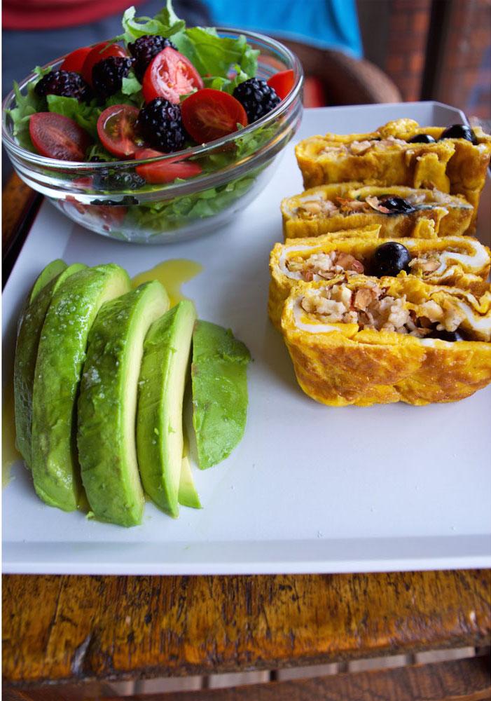 tamagoyaki, blueberries, healthiest breakfast in the world