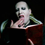 marilyn-manson-con-armas-y-monjas-en-el-video-we-know-where-you-fucking-live-noticias-sin-categoria