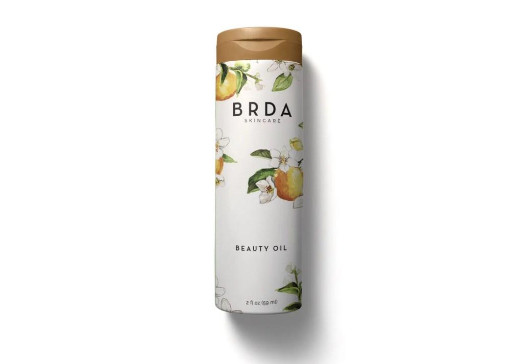 New Head n Sholder Shampoo Bottle Label Mockup