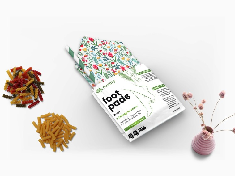 New Small Restaurant Paper Pouch Label Mockup