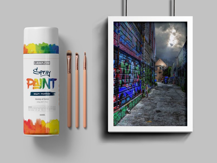 Spray Bottle Poster PSD Mockup