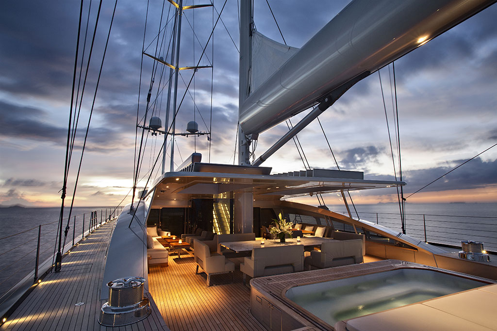 VERTIGO Sailing Yacht Charter EYOS Expeditions
